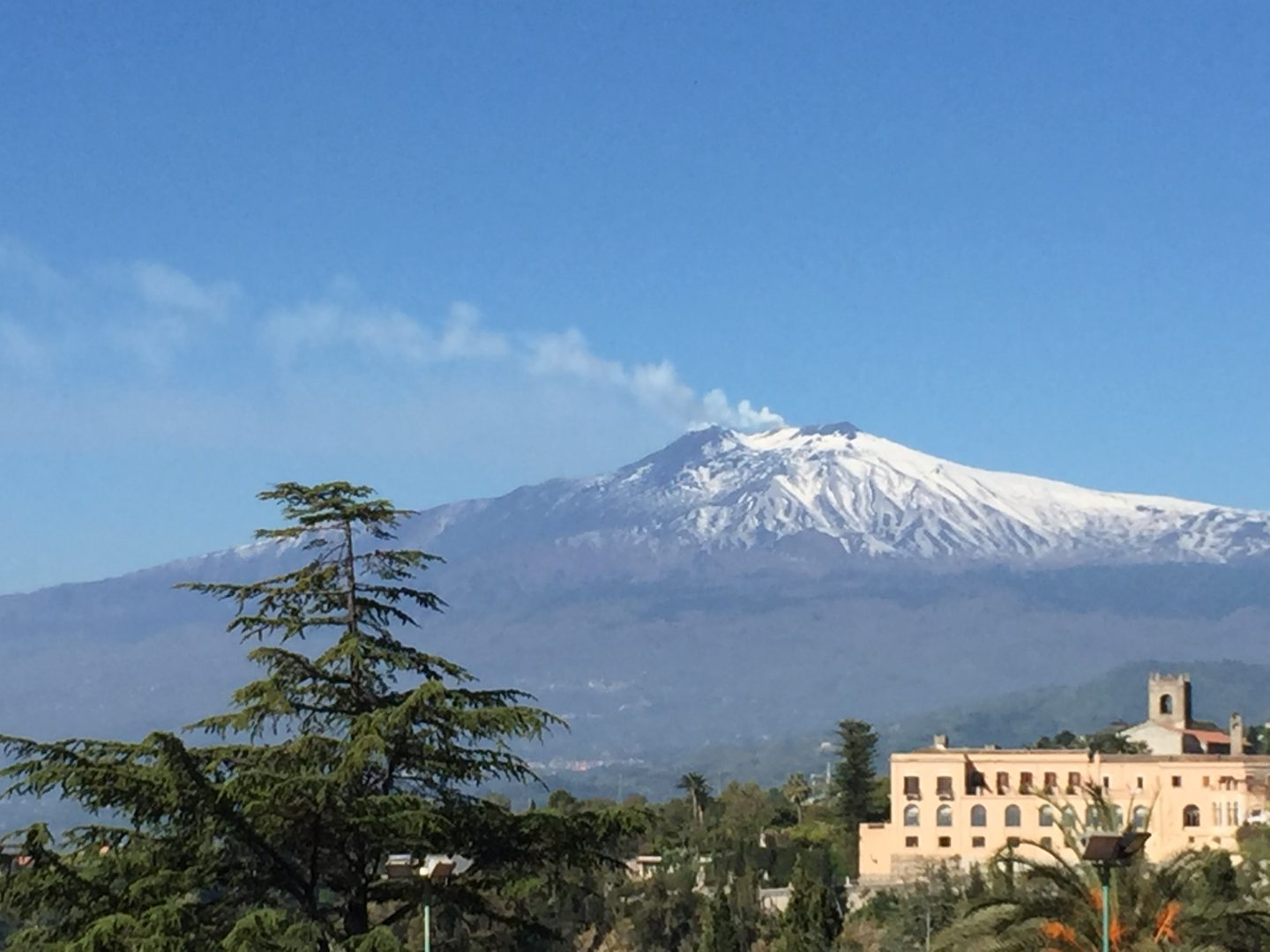 Our guided tour of Mount Etna: visiting an active volcano