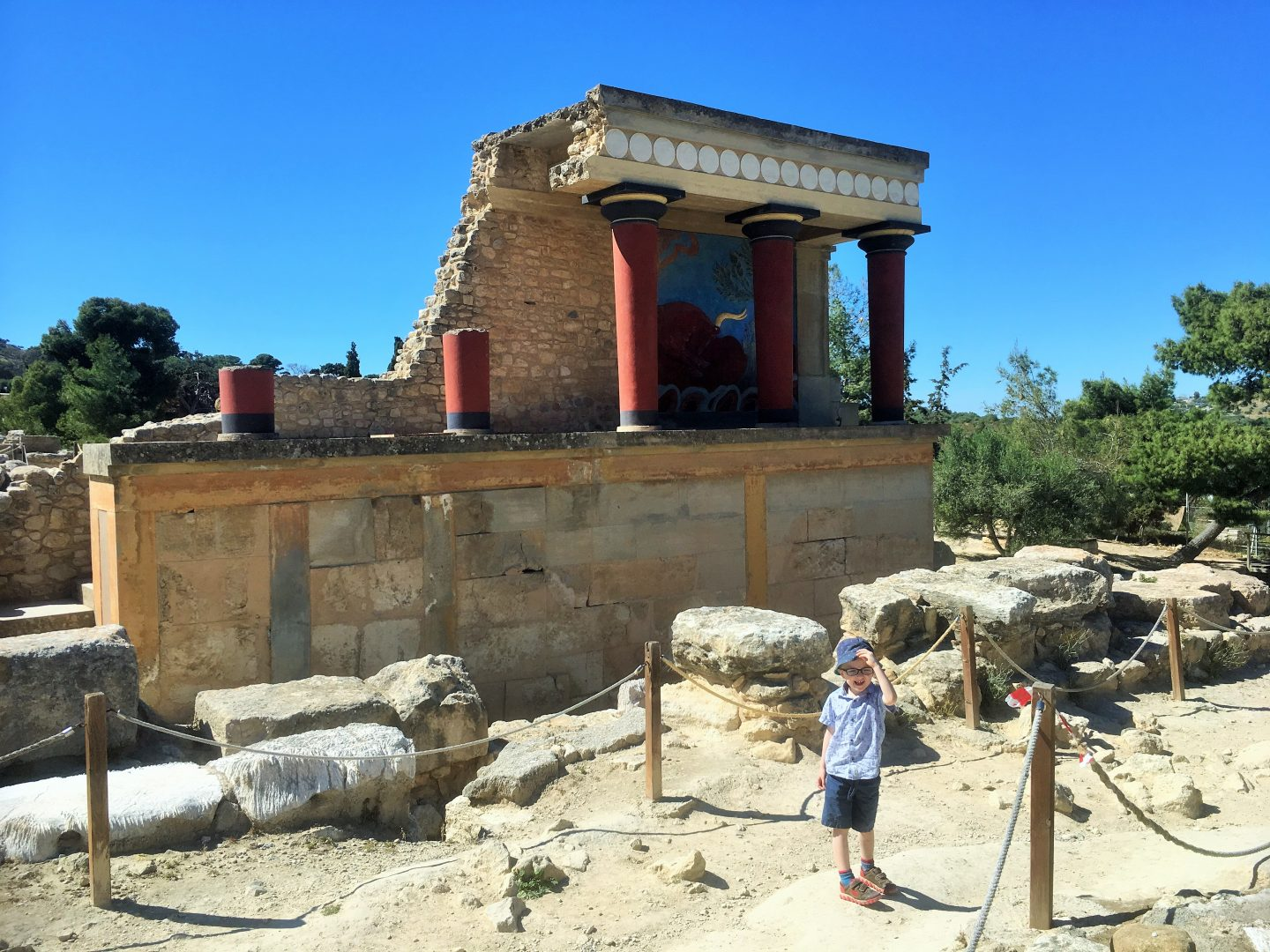 Knossos,  crete with kids