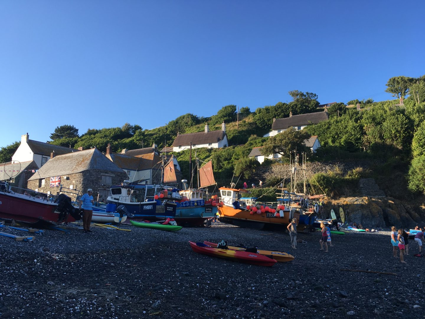 Cadgwith Cove Lizard Peninsula Cornwall, Things to do on the Lizard Peninsula