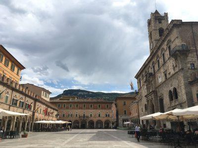 Piazza del Popolo Ascoli Piceno le marche italy