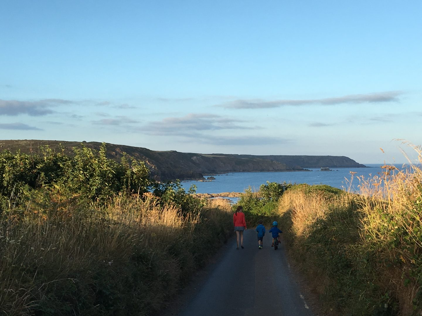 Walking towards Kennack Sands Lizard Peninsula Cornwall, Things to do on the Lizard Peninsula