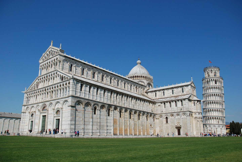 Piazza dei Miracoli in Pisa, credit Jarekgrafik, Pixabay