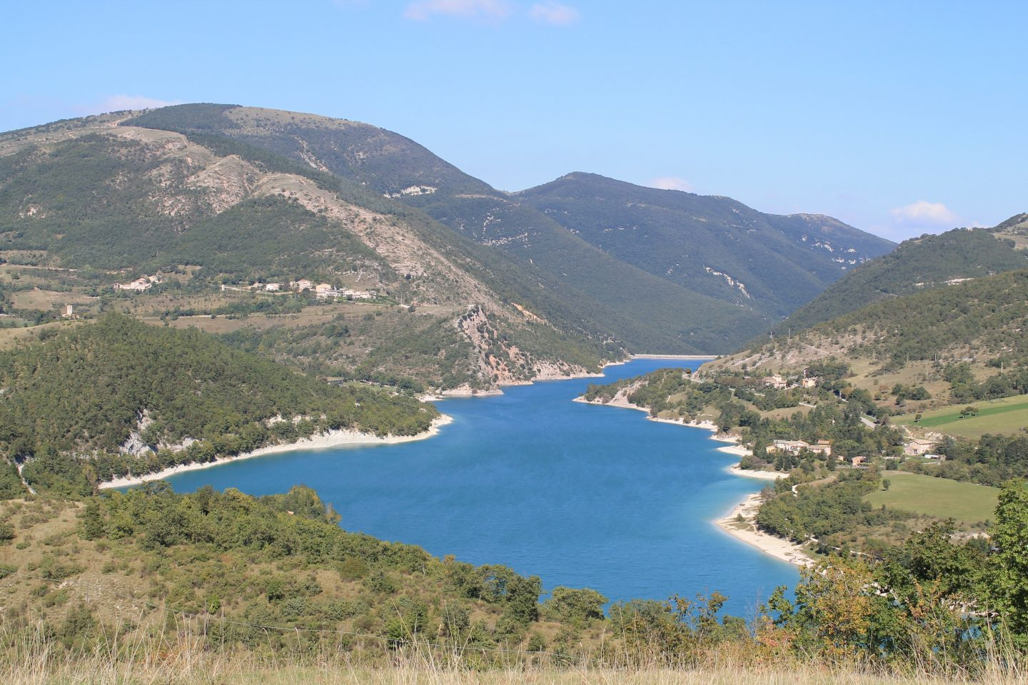 Lake Fiastra le marche italy, Italy driving holiday