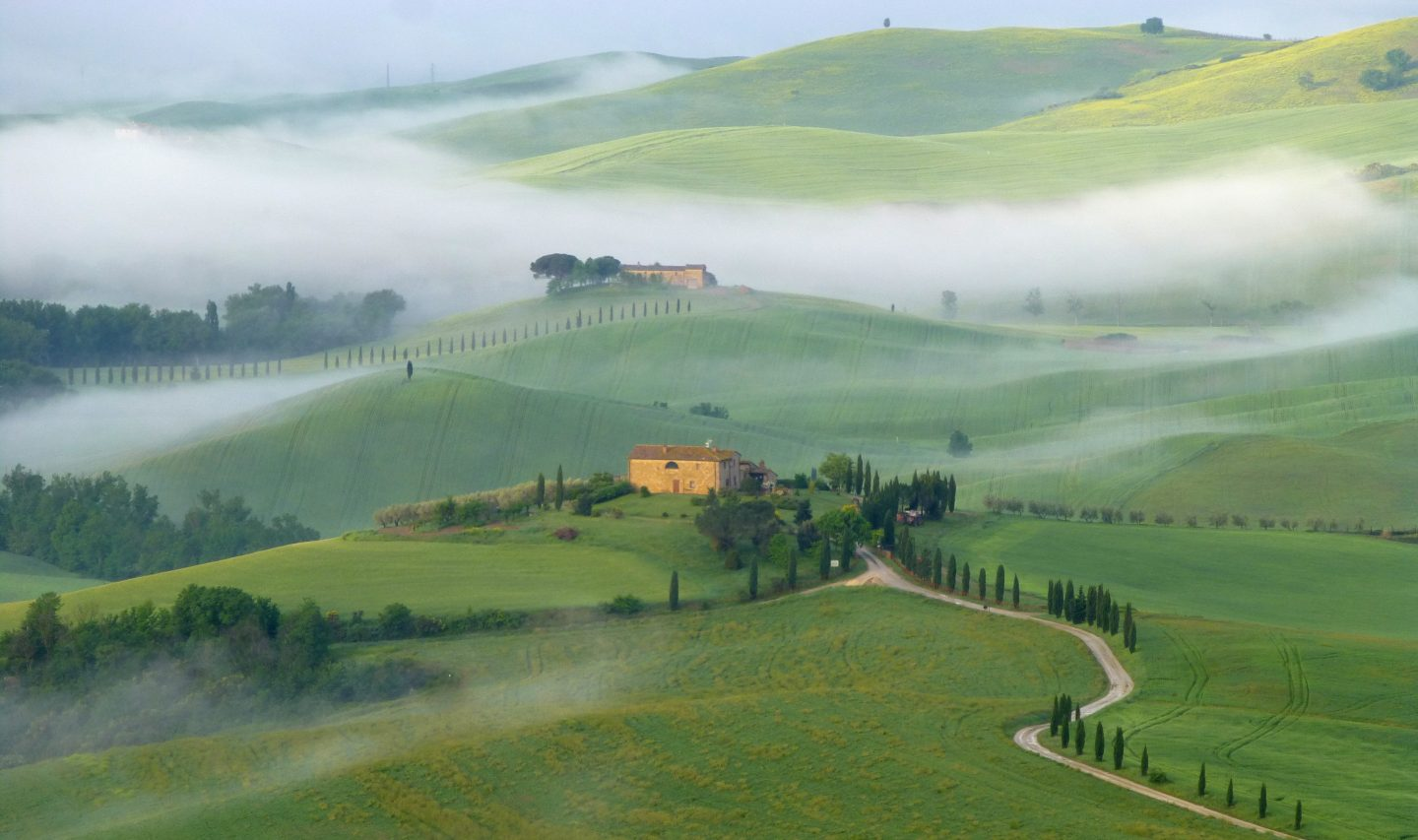 Val d'Orcia scenery tuscany italy family holiday ideas