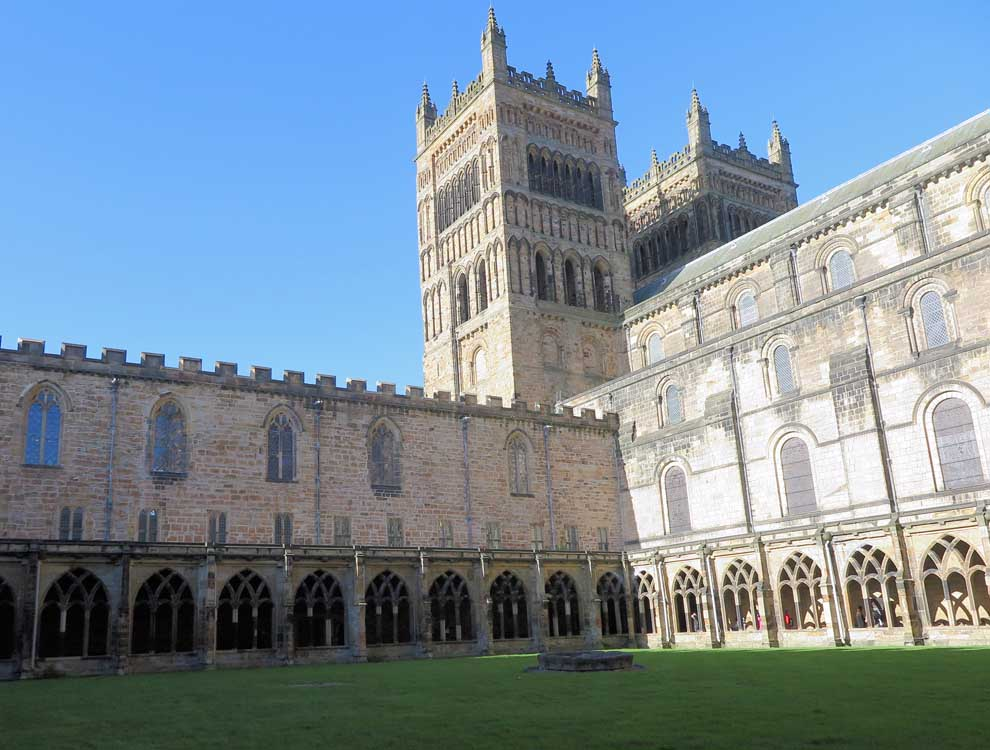 Durham city break with kids, family holiday in the UK, family friendly long weekend, short breaks uk family, last minute half term holiday idea, ideas for short breaks with kids