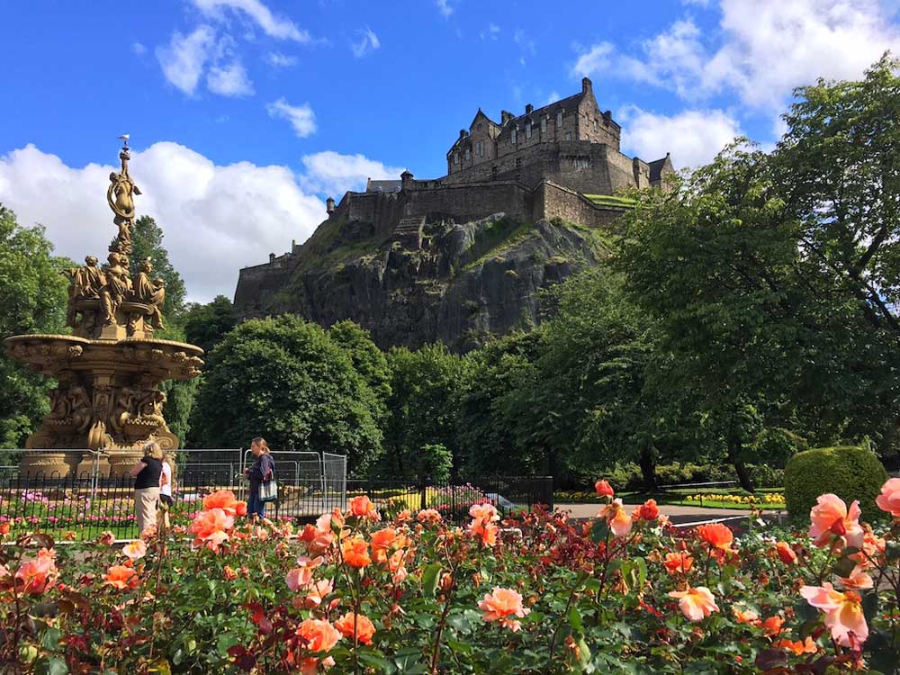flowers edinburgh castle city break, child friendly holiday in scotland, family friendly long weekend, short breaks uk family