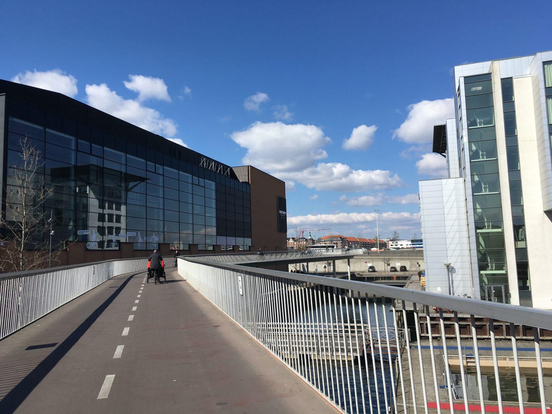 elevated cycle path copenhagen denmark