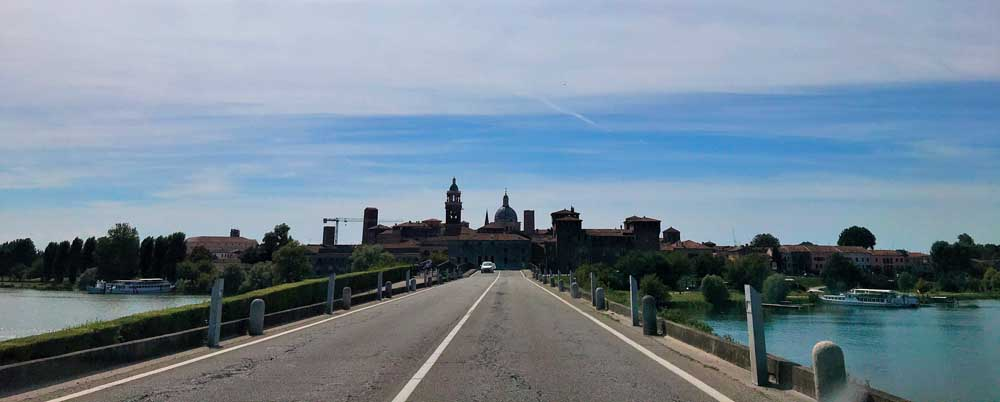 The road to Mantua in northern Italy