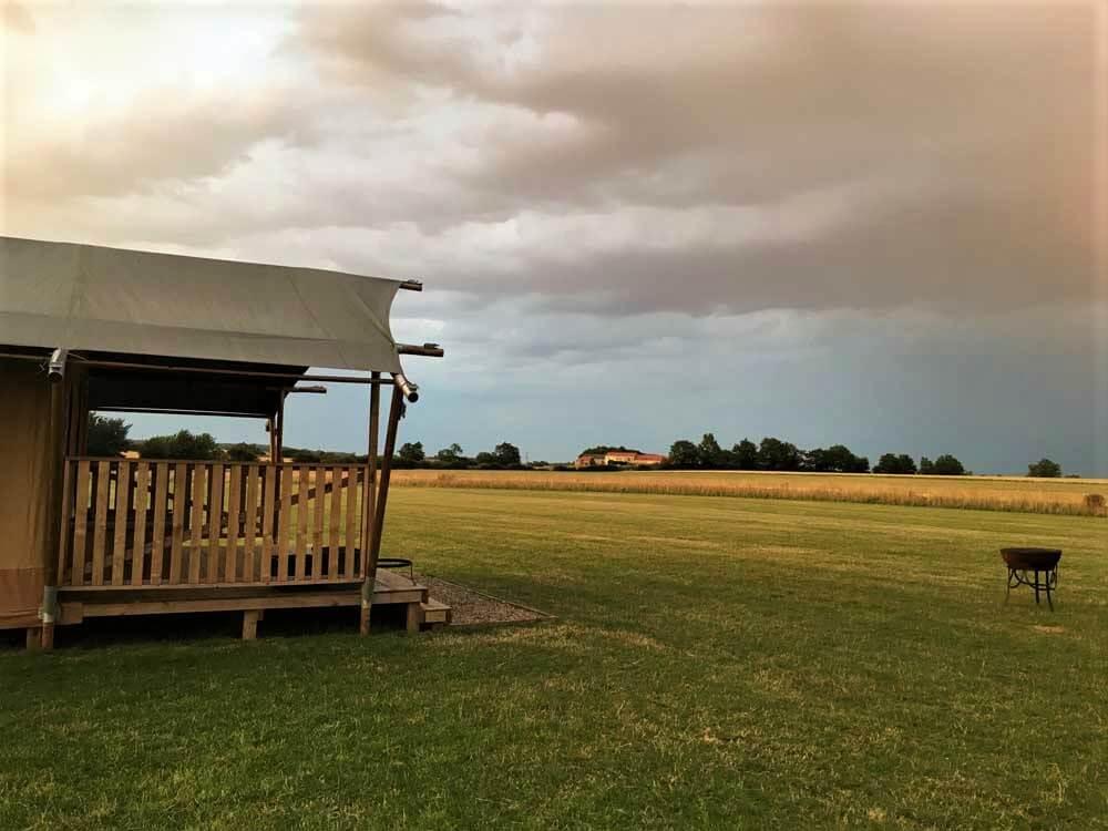 Luxury safari tent in field in North Yorkshire