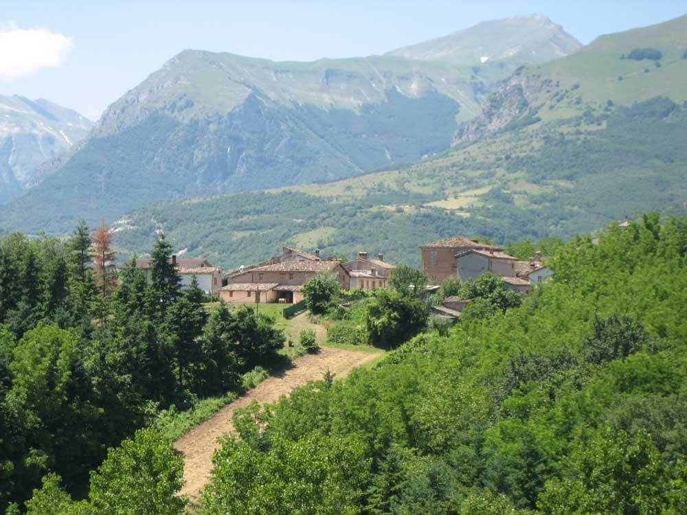 Driving holiday in Italy: an agriturismo in the Sibillini Mountains of Le Marche