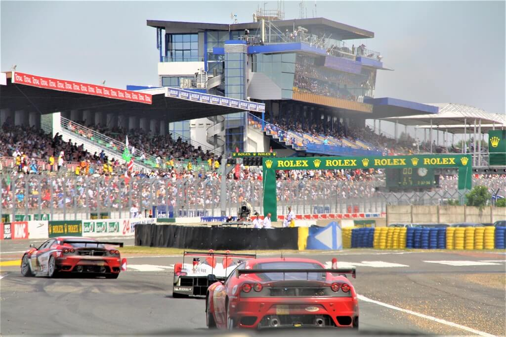 cars on race track at le mans france