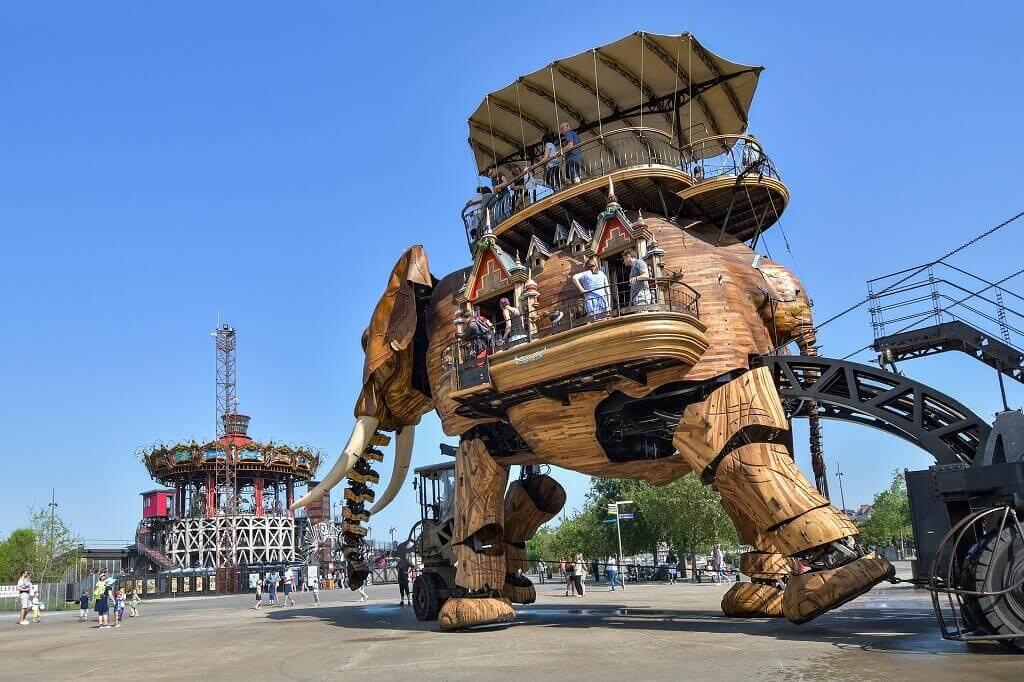 France for families:  Grand Éléphant in Nantes